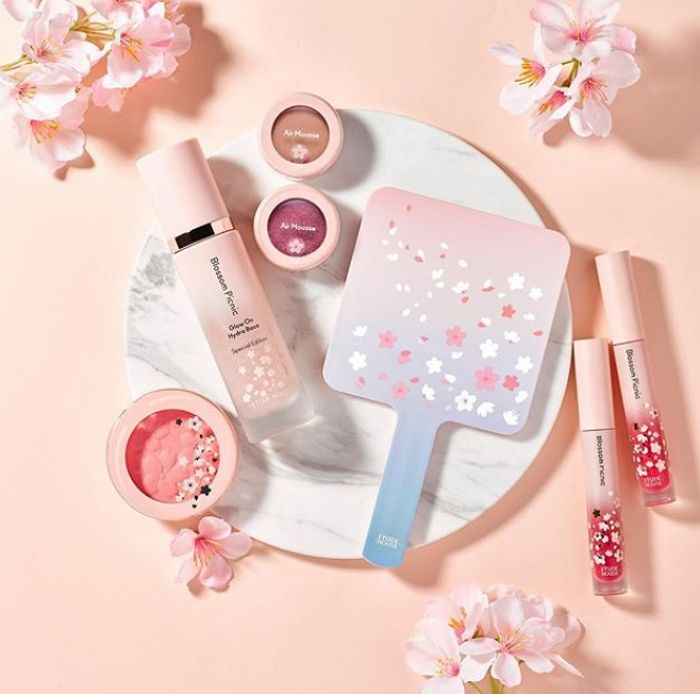 Etude House 2019 Cherry Blossom Blossom Picnic collection